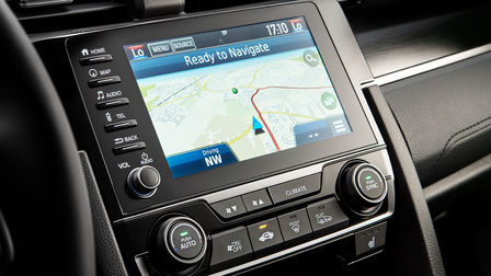 Honda CONNECT 7'' mit Garmin-Navigationssystem