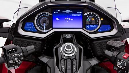 Nahaufnahme des TFT-Displays einer Honda Gold Wing.